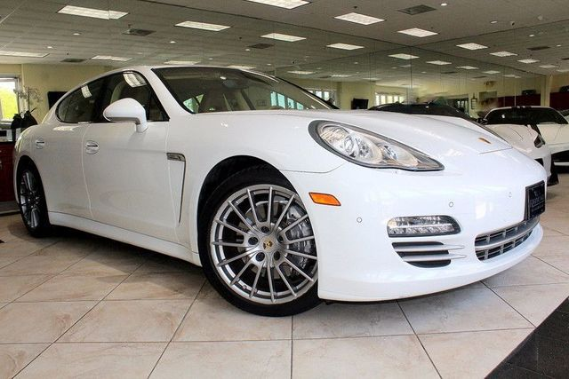2013 Porsche Panamera Platinum Edition CARFAX CERTIFIED ONE OWNER FACTORY WARRANTY PLATINUM