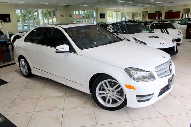 2013 Mercedes C-Class C 250 Sport CARFAX CERTIFIED ONE OWNER SUPER CLEAN SPORT PACKAGE KEY