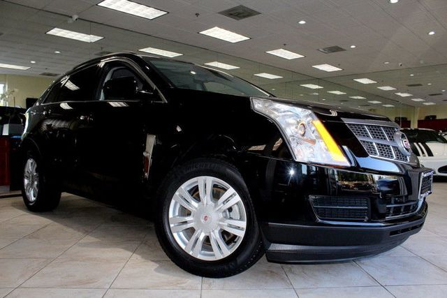 2011 Cadillac SRX Base CARFAX CERTIFIED KEY LESS ENTRY KEY LESS START BLUETOOTH WIRELESS A