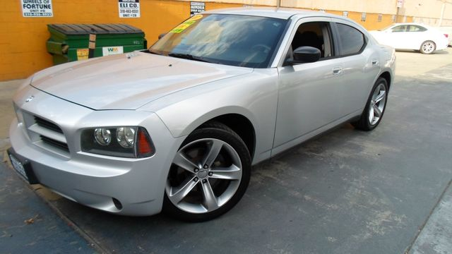 2007 Dodge Charger 2007 Dodge Charger runs great super clean SALVAGE title 113k miles VIN 2B3K