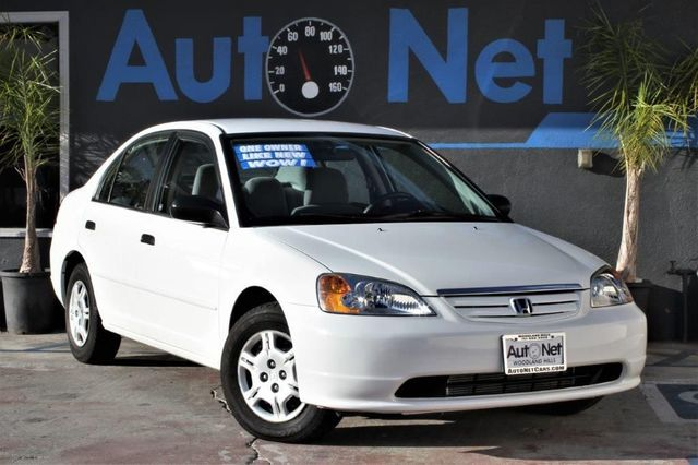 2001 Honda Civic LX This Honda Civic LX is the ultimate gas saver With its 4-cylinder engine th