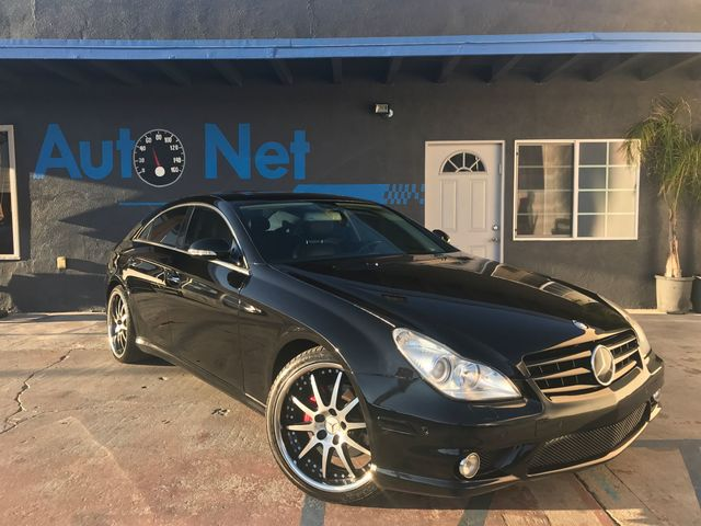 2006 Mercedes CLS500 Sport package This Mercedes-Benz CLS500 is one fine car Stealthy Black on Bl