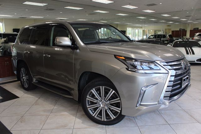 2016 Lexus LX 570 CARFAX CERTIFIED ONE OWNER CALIFORNIA CAR FACTORY WARRANTY BACK UP CAMER