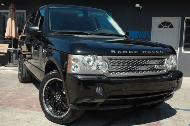 2006 Land Rover Range Rover SUPERCHARGED Breathtaking is the only word to describe this 2006 Range