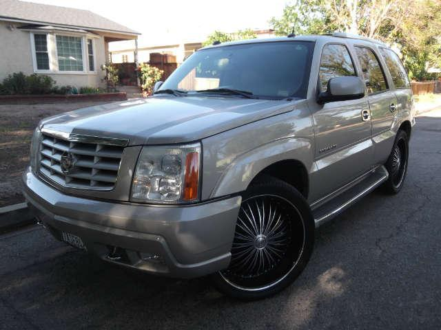 2005 Cadillac Escalade  104k miles VIN 1GYEC63T85R105467   FOR INTERNET SPECIAL CALL 855-325-90