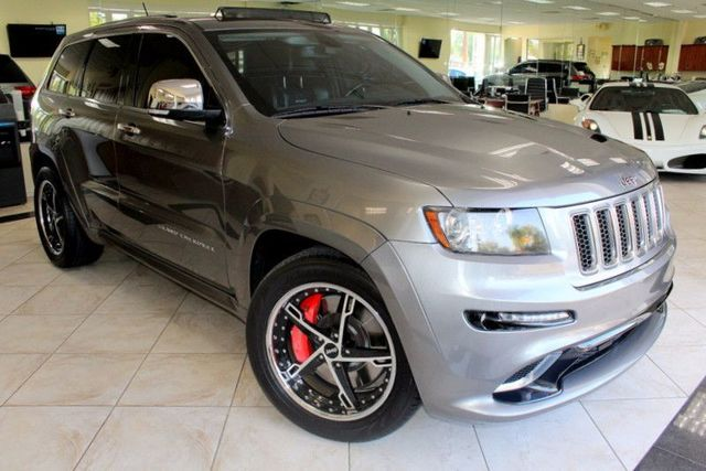 2012 Jeep Grand Cherokee SRT8 CARFAX CERTIFIED ONE OWNER LOW MILES KEY LESS ENTRY KEY LESS