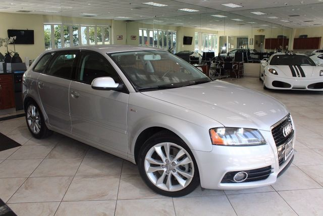 2011 Audi A3 20T Premium CARFAX CERTIFIED ONE OWNER SUPER CLEAN KEY LESS ENTRY AMFM STER