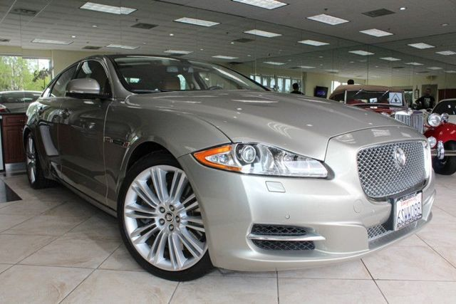 2011 Jaguar XJ Supercharged CARFAX CERTIFIED ONE OWNER LOW MILES NAVIGATION BACK UP CAMERA
