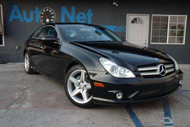 2010 Mercedes CLS 550 CLS 550 AMG PACKAGE This Beauty Right here is our 2010 Mercedes-Benz CLS550