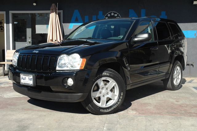 2007 Jeep Grand Cherokee Laredo Here we have the Jeep grand Cherokee Laredo an Adventurous Vehicl