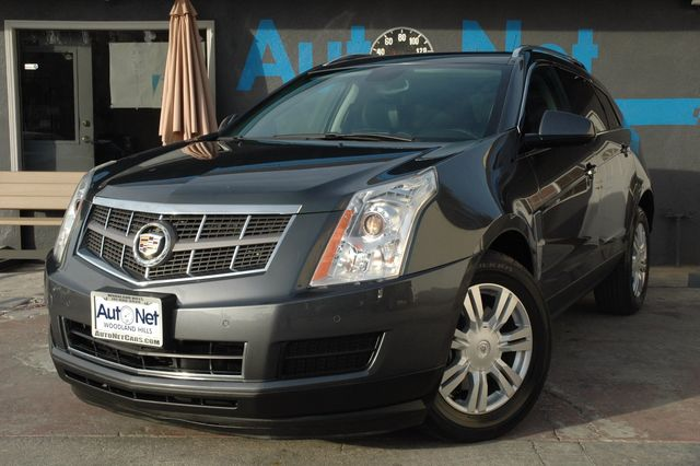 2010 Cadillac SRX Luxury Collection This AMAZING 2010 Cadillac SRX Luxury Collection Has Been Fres