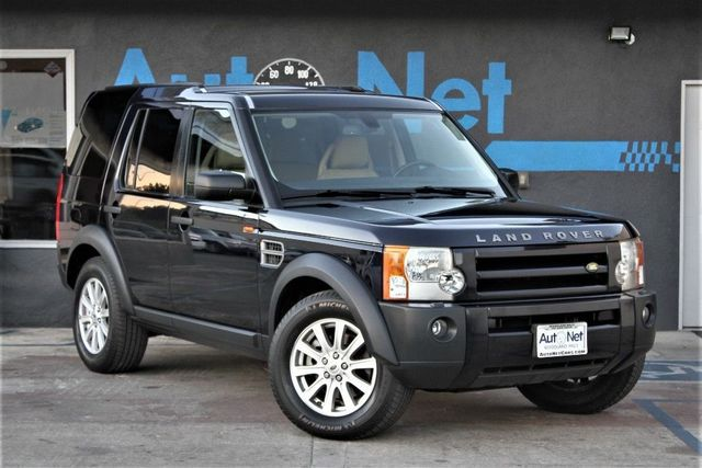 2007 Land Rover LR3 SE with 3RD ROW SEATS Look at this 2007 Land Rover LR3 Clean Buckingham bluel