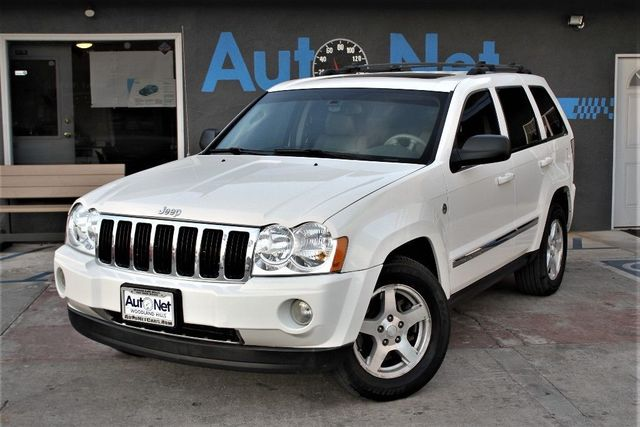 2006 Jeep Grand Cherokee Limited This 2006 Jeep Grand Cherokee Limited Sport 4X4 Utility In White