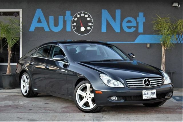 2007 Mercedes CLS550 55L AMG PKG WOW This 2007 Mercedes-Benz CLS 550 Comes In A Black Color With
