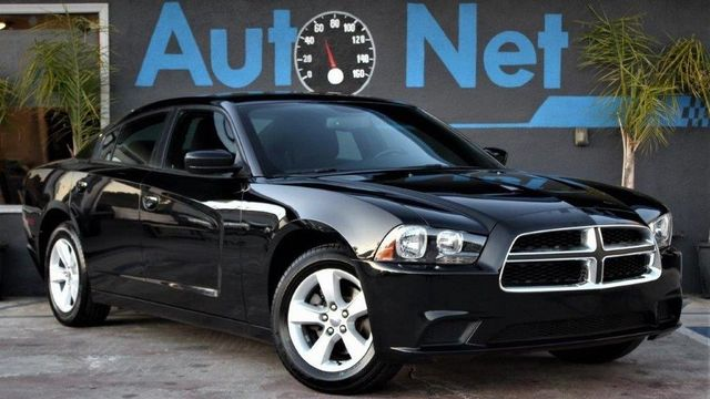2013 Dodge Charger SE Check this 2013 Dodge Charger Out Black Exterior Recent Maintenance and Se