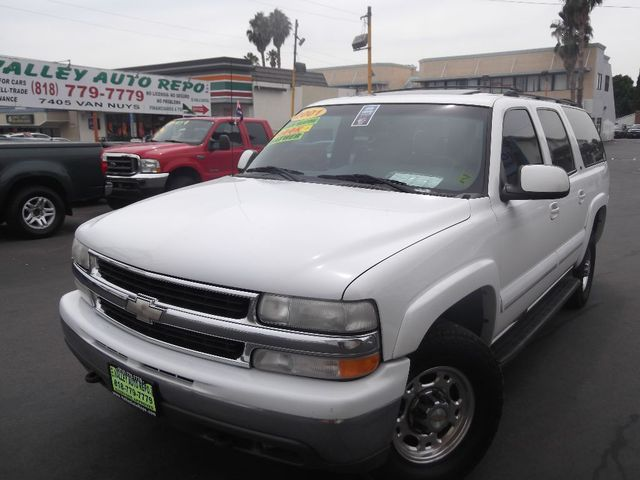 2001 Chevrolet Suburban Base  163k miles VIN 3GNGK26U31G214290   FOR INTERNET SPECIAL CALL 855-