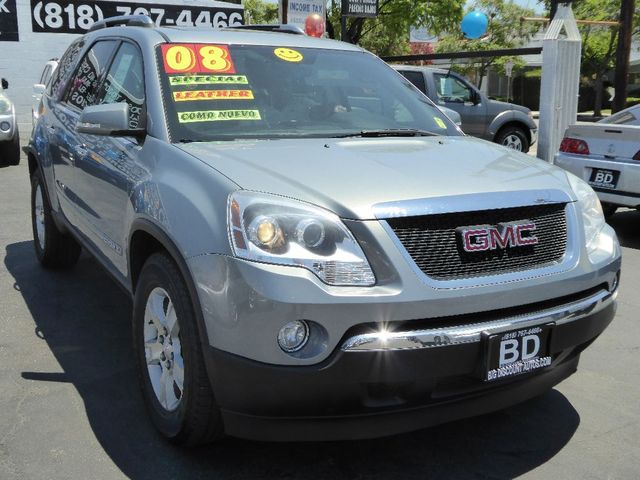 2008 GMC Acadia SLT2 BEAUTIFUL SUV GREAT FOR FAMILY RUNS SMOOTH IMMACULATE CONDITIONS SPACIOUS