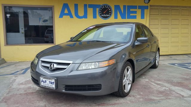 2005 Acura TL This Acura TL 32 V-TEC with automatic transmission has been very well kept  MAINTAI