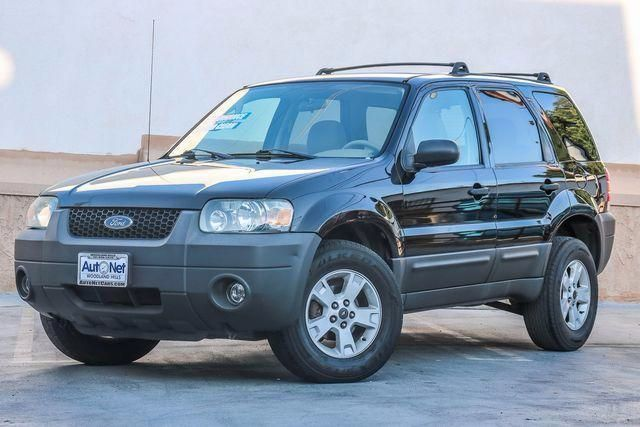 2006 Ford Escape XLT Are you just looking for a practical and reliable car This Ford Escape is an
