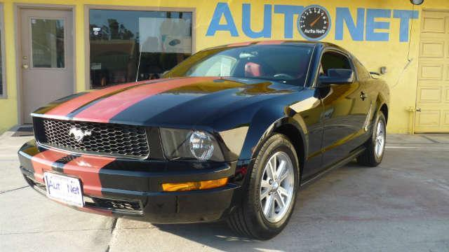 2006 Ford Mustang Premium W Navigation DVD New This 2006 Mustang Coupe Premium just rolled into o
