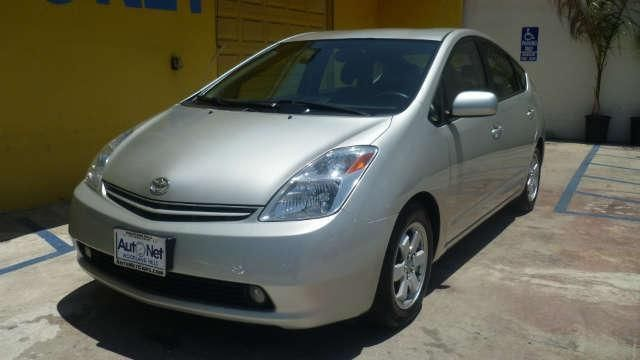 2005 Toyota Prius HATCHBACK 4 DR I OWNER Looking for the perfect gas saver Here it is Everyone kn
