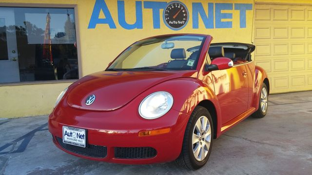 2008 Volkswagen New Beetle Convertible S CERTIFIED This is a 2008 Volkswagen New Beetle SALSA RED C