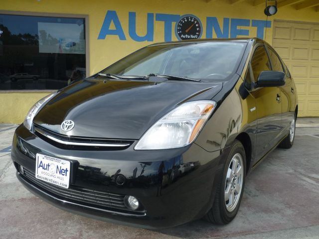 2009 Toyota Prius Wow This Toyota Prius is quite a catch Clean carfax and gorgeous looking all ar