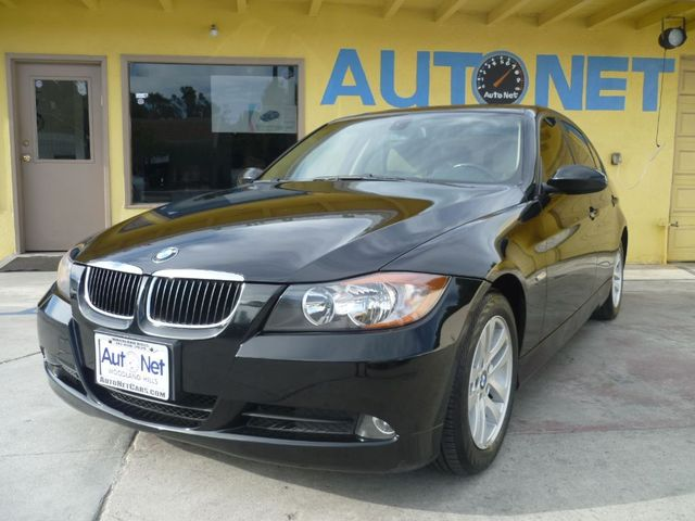 2006 BMW 325i Get ready to see the ultimate driving machine This BMW 325i is in immaculate conditi