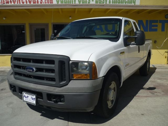 2005 Ford Super Duty F-250 XL The V8 Turbo-Diesel engine is by far the most popular choice for this