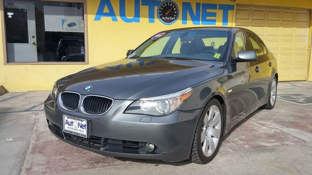 2004 BMW 530i Looking to ride in style While driving this luxurious BMW 530i you wont feel a bu