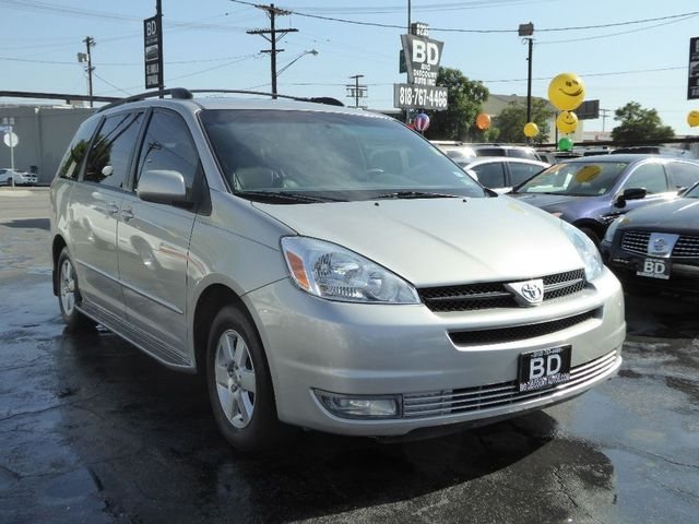 2004 Toyota Sienna XLE  VIN 5TDZA22C94S146116 CALL FOR INTERNET SPECIAL 866-363-1443