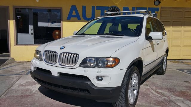 2006 BMW X5 44i Looking for the perfect luxury SUV You got it right here This BMW X5 44i has a