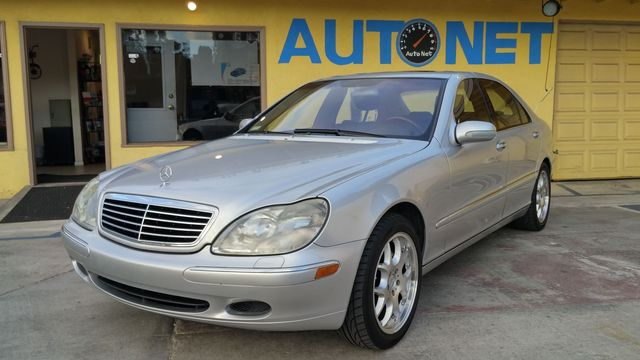 2002 Mercedes S500 50L WOW This is a great looking car This top of the line luxury beauty is the