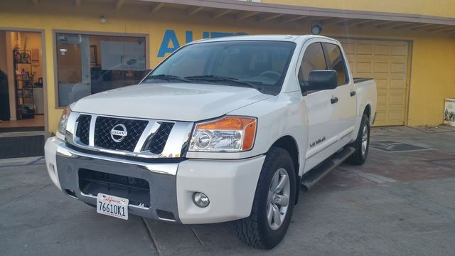 2008 Nissan Titan SE This 2008 Nissan Titan Crew Cab SE is the perfect truck It has a clean Carfax