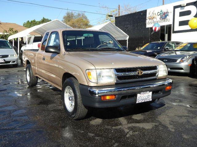 2000 Toyota Tacoma  VIN 4TAVL52N8YZ624151