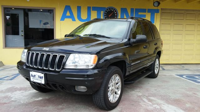 2003 Jeep Grand Cherokee Limited Whoa This Jeep Grand Cherokee Limited is in superb condition Bl