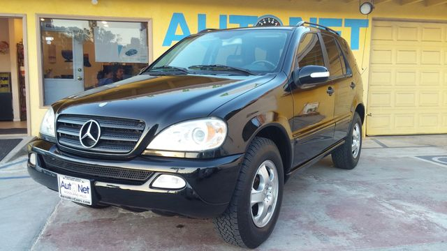 2004 Mercedes ML350 35L Looking for an All-wheel Drive SUV with style This luxurious Mercedes-Ben
