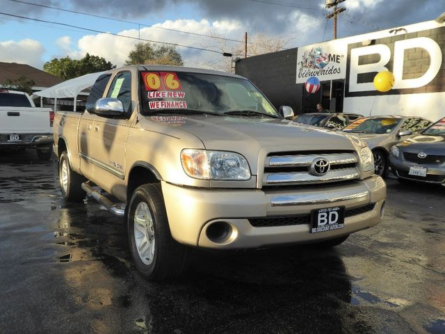 2006 Toyota Tundra SR5  VIN 5TBRU34146S482860 CALL FOR INTERNET SPECIAL 866-363-1443