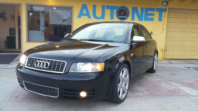 2005 Audi S4 Premium quattro This Audi S4 quattro is a head turner 6-speed Manual Transmission