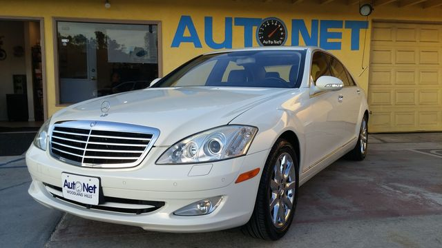 2008 Mercedes S550 55L V8 This Mercedes-Benz S550 is the ultimate luxury sedan From its killer l