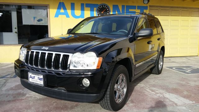 2006 Jeep Grand Cherokee Limited WOW This Jeep Grand Cherokee Limited turns heads It is equipped