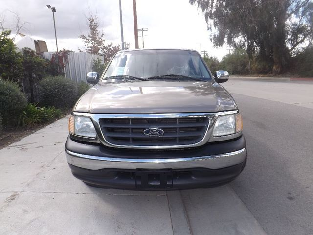 2002 Ford F-150 XLT This 2002 Ford F-150 Is in GREAT condition With original 123206 miles Ice