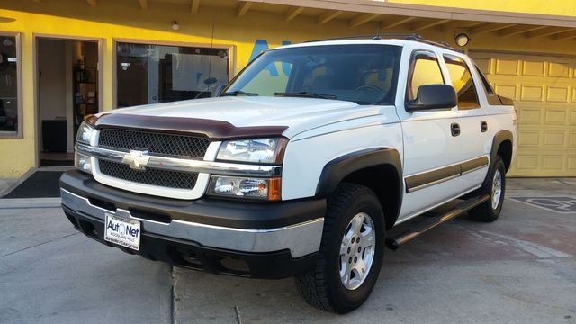 2004 Chevrolet Avalanche Z71 This Chevrolet Avalanche Z71 is one GREAT Truck 4-wheel Drive perfe