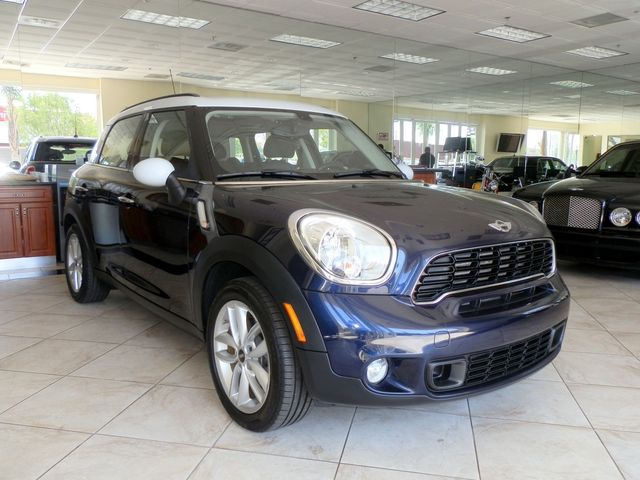 RADICAL AUTO 2012 MINI Countryman S 2012 MINI COOPER COUNTRYMAN S WITH SUPER LOW MILES TURBO CHARG