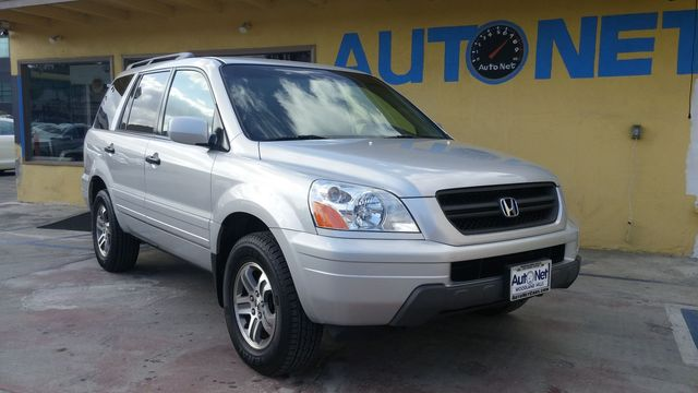 2004 Honda Pilot EX-L AWD Looking for a reliable SUV Right here This Honda Pilot EX-L is All-whe