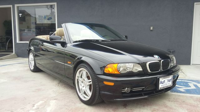2001 BMW 330Ci Convertible This BMW 330Cic is the convertible youve been looking for Its very s