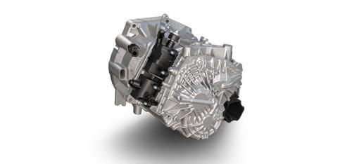 2015 FIAT 500L Six-Speed Manual Transmission