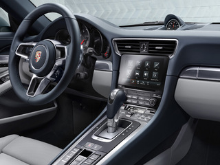 New Porsche Communication Management (PCM) including online navigation module