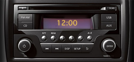 AM/FM/CD Audio System With USB Connection Port and 4 Speakers