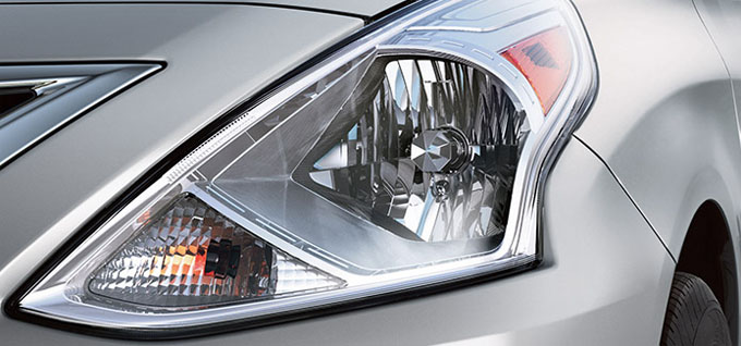 Multi-reflector halogen headlights